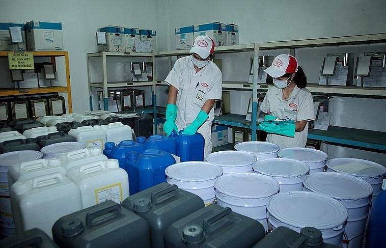 Vi phạm hành chính lĩnh vực hóa chất, vật liệu nổ bị phạt đến 200 triệu đồng