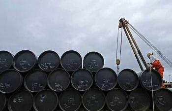 Từ 1/11, thuế nhập khẩu dầu mỏ thô giảm còn 0%