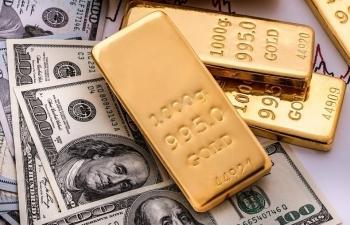 Giá vàng trong nước ngược chiều thế giới, USD đứng yên