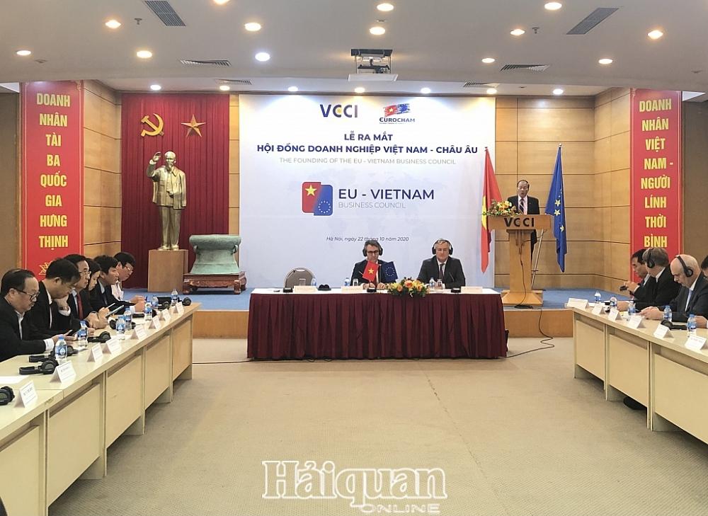 Lễ ra mắt Hội đồng Doanh nghiệp Việt Nam – châu Âu (EVBC). Ảnh:H.Dịu