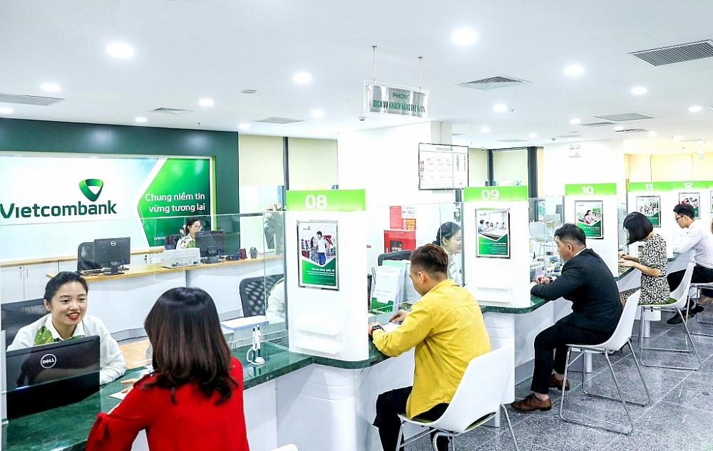 Vietcombank cũng ra thông báo giảm lãi suất cho vay kinh doanh chỉ từ 5,9%/năm để hỗ trợ cho khách hàng doanh nghiệp nhỏ.