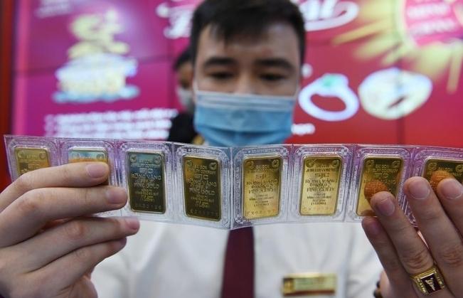 Giá vàng SJC vượt ngưỡng 58,5 triệu đồng/lượng