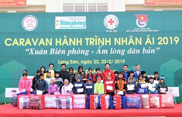 caravan hanh trinh nhan ai 2019 lan 3 den cua khau long sap