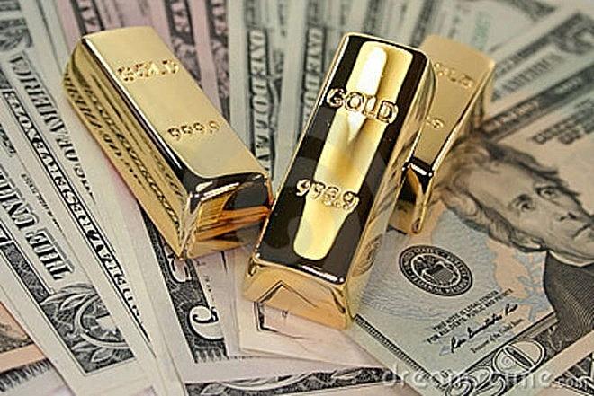Giá vàng và USD đang chịu nhiều tác động giảm. Ảnh: Internet