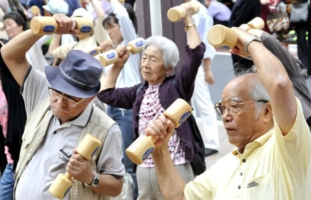 Từ 1/1/2021, tuổi nghỉ hưu của lao động nam là 60,3 tuổi, nữ là 55,4 tuổi