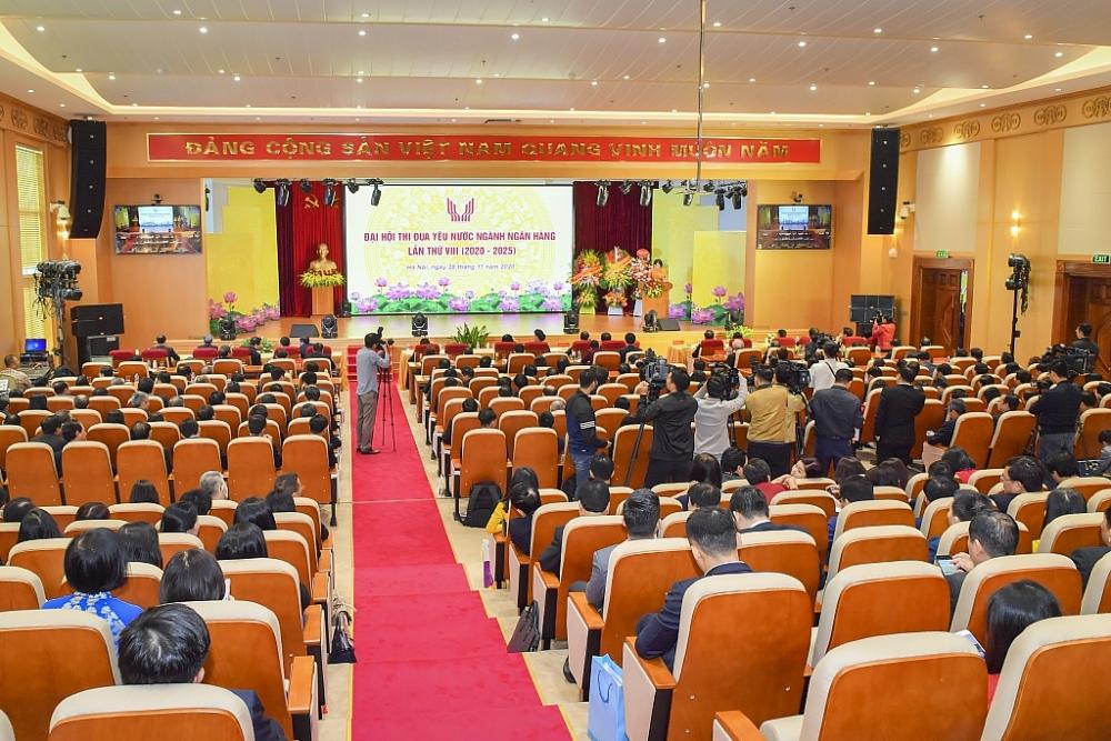 Thống đốc NHNN Nguyễn Thị Hồng phát biểu tại Đại hội.