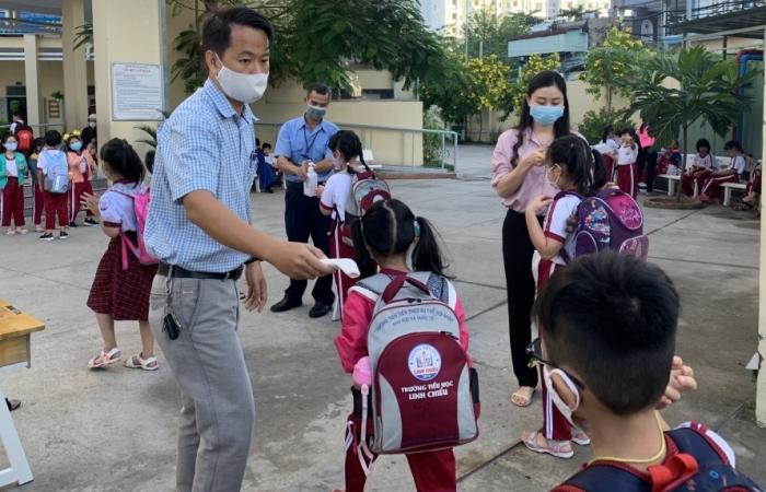 TPHCM cho học sinh ngừng đến trường đến hết ngày 28/2