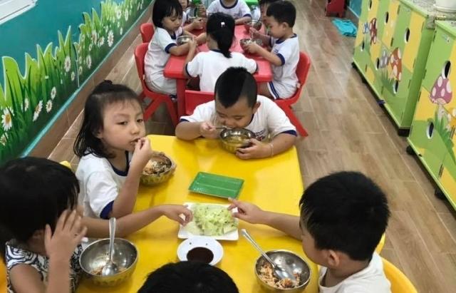 TPHCM siết an toàn thực phẩm học đường