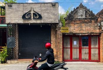 Quán bar Buddha (quận 2) nhiều lần bị xử phạt về bảng hiệu