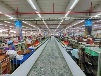 Công nhân Công ty PouYuen Việt Nam có thể nhận trợ cấp thôi việc đến 300 triệu đồng