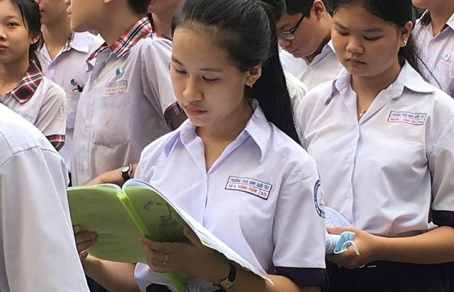 tphcm cong bo so lieu ban dau ve dang ky nguyen vong lop 10