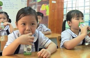 TPHCM: Gần 133.000 học sinh được thụ hưởng sữa học đường