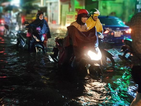 TPHCM còn 22 tuyến đường bị ngập nặng vào mùa mưa