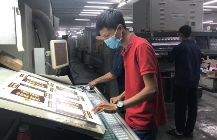 Doanh nghiệp bảo vệ hoạt động sản xuất trong mùa dịch