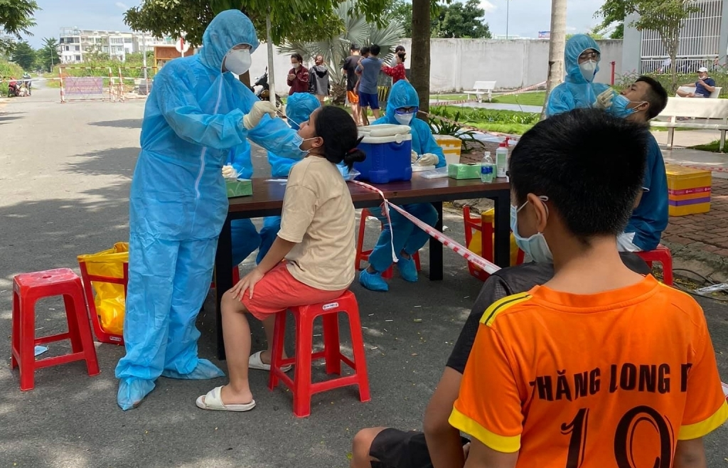 Sở Y tế TPHCM đề xuất tiếp tục giãn cách xã hội toàn thành phố từ ngày 15/6