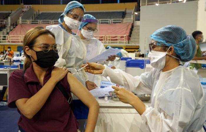 TPHCM đã có hơn 400.000 người được tiêm vắc xin Covid-19
