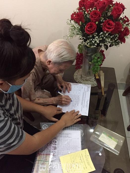 Hơn 89.000 lao động tự do tại TPHCM được đề xuất hỗ trợ khó khăn do dịch Covid-19
