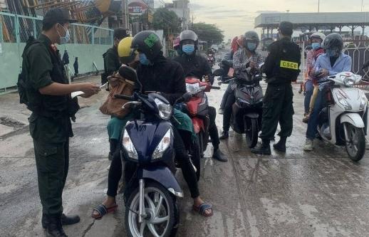 TPHCM chỉ đạo khẩn phối hợp với các địa phương đưa người dân về quê