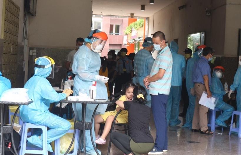 TPHCM: Tăng cường năng lực xét nghiệm chẩn đoán SARS-CoV-2 tại các cơ sở y tế