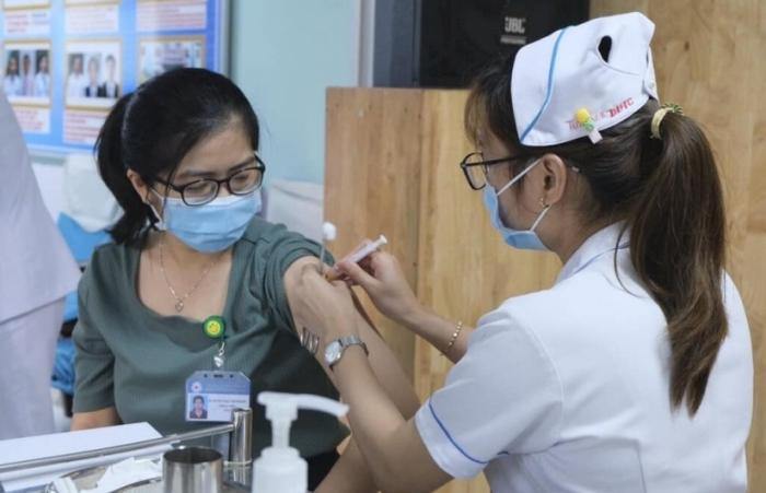 TPHCM: Chưa triển khai tiêm vắc xin Sinopharm, đang chờ Bộ Y tế thẩm định