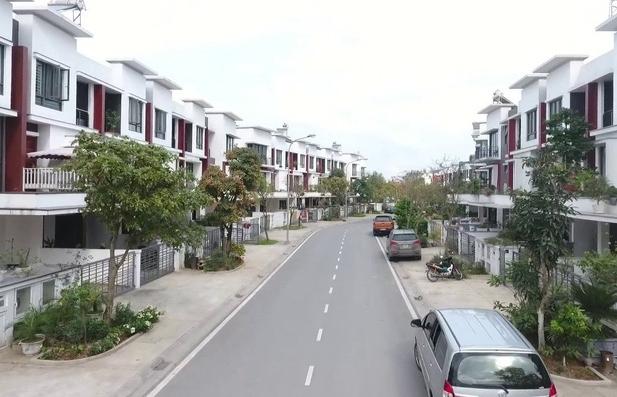 Dịch Covid-19 làm trầm trọng thêm các khó khăn của thị trường bất động sản