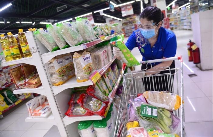 Nhân viên siêu thị tại TPHCM được ra đường sau 18 giờ