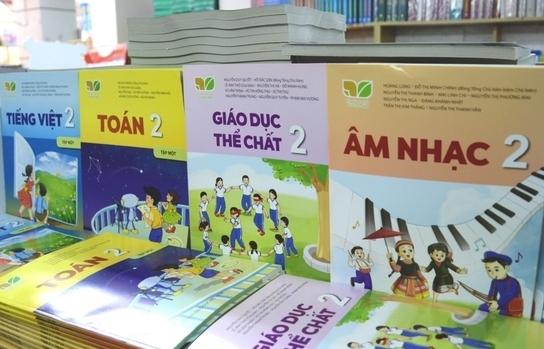TPHCM lên kế hoạch để phụ huynh đến trường nhận sách giáo khoa