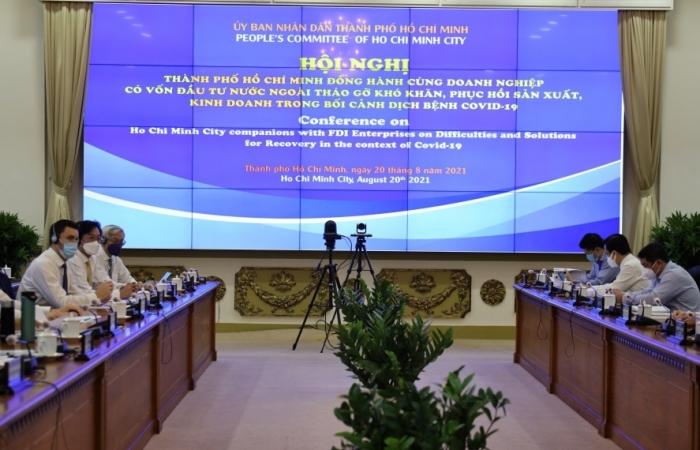 Doanh nghiệp đầu tư nước ngoài tại TPHCM kiến nghị ưu đãi thuế, đơn giản thủ tục
