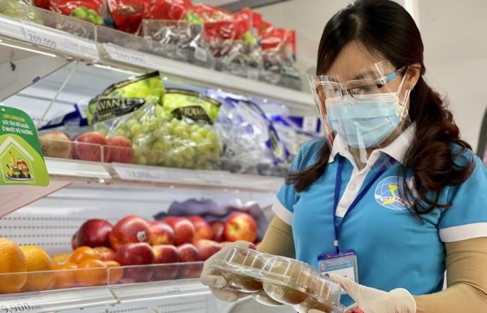 TPHCM tập trung cung cấp combo hàng hóa cho người dân