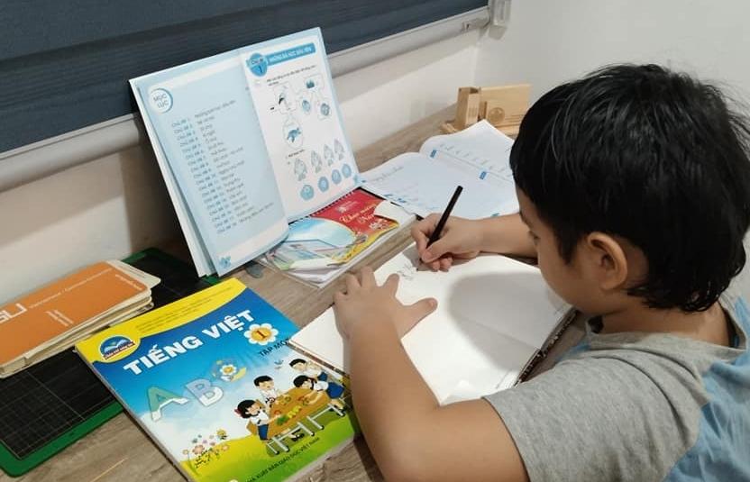 TPHCM đề xuất hỗ trợ thiết bị học tập trực tuyến cho hơn 72.000 học sinh khó khăn