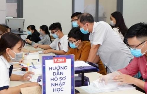 Nhiều trường đại học công bố điểm chuẩn trúng tuyển