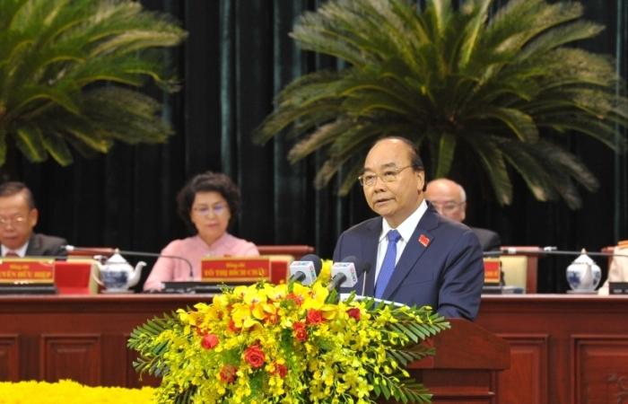Thủ tướng Nguyễn Xuân Phúc: TPHCM cần tiếp tục giữ vững vai trò đầu tàu kinh tế của cả nước