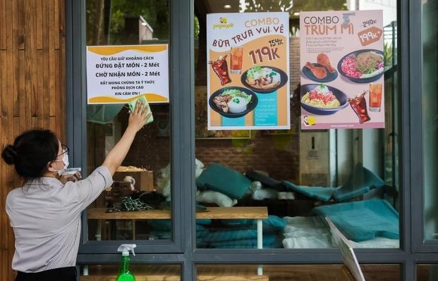 TPHCM cho phép quán ăn uống phục vụ tại chỗ từ ngày 28/10