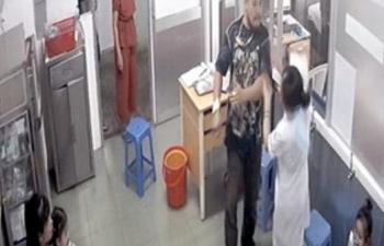 Sở Y tế TPHCM đề nghị điều tra, khởi tố người hành hung nhân viên y tế