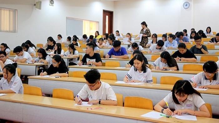 Nhiều trường đại học dời lịch thi đánh giá năng lực