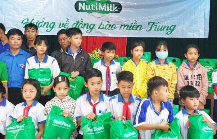 Nutimilk dành 5 tỷ đồng tiếp sức đồng bào miền Trung