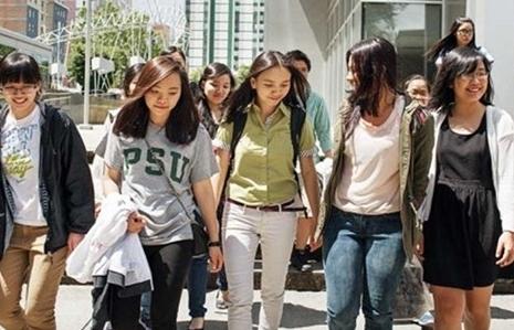 Sinh viên Việt Nam đóng góp 827 triệu USD cho nền kinh tế Mỹ