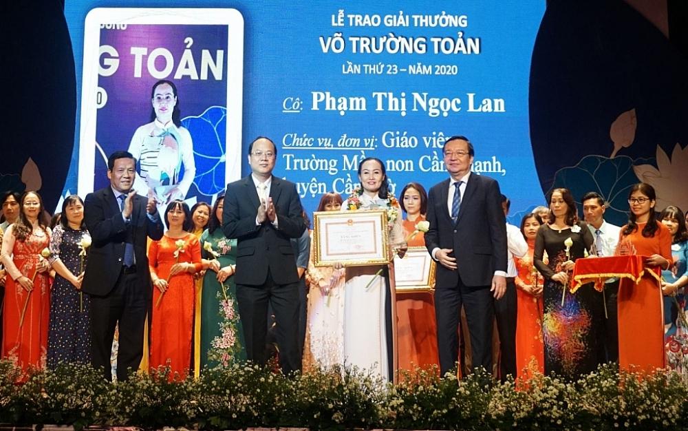 TPHCM: Giải thưởng Võ Trường Toản tôn vinh 50 nhà giáo tiêu biểu