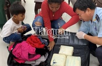 Bắt vụ vận chuyển 5kg ma túy qua cửa khẩu Mộc Bài