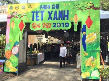 TPHCM: Nhộn nhịp phiên chợ tết xanh