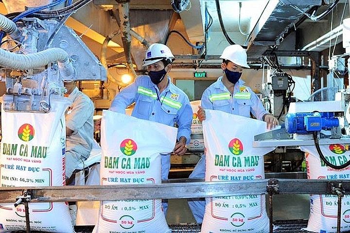 Sản xuẩ ure tại Công ty CP Phân bón dầu khí Cà Mau