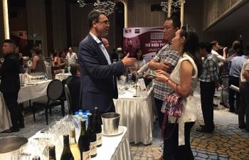 Thêm nhiều hãng rượu Pháp muốn thâm nhập thị trường Việt Nam