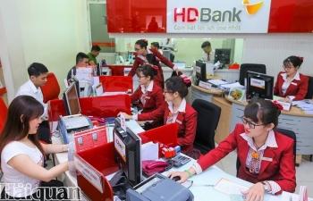 Ngân hàng chấp nhận giảm lãi để hỗ trợ khách hàng