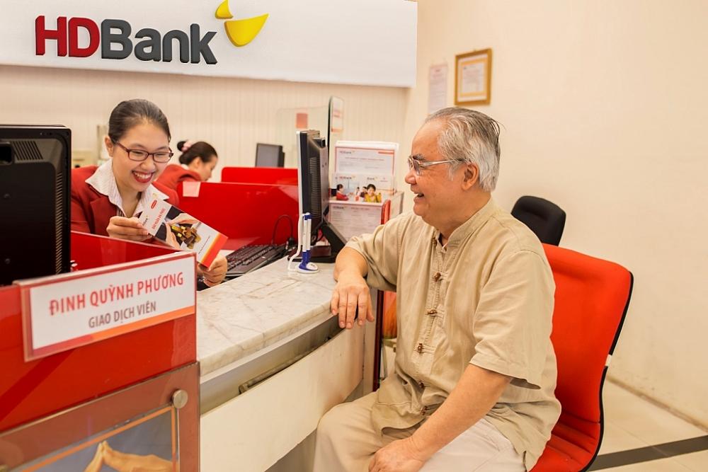 """Chương trình """"Bách niên - Phát tài"""" được HDBank triển khai riêng cho khách hàng cao tuổi"""