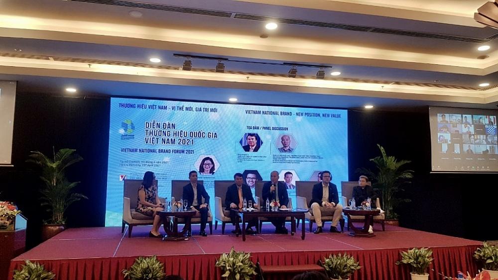 Các chuyên gia, doanh nghiệp chia sẻ tại diễn đàn Thương hiệu quốc gia 2021