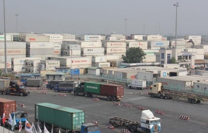 Các cảng tạo thuận lợi cho doanh nghiệp xuất khẩu gạo
