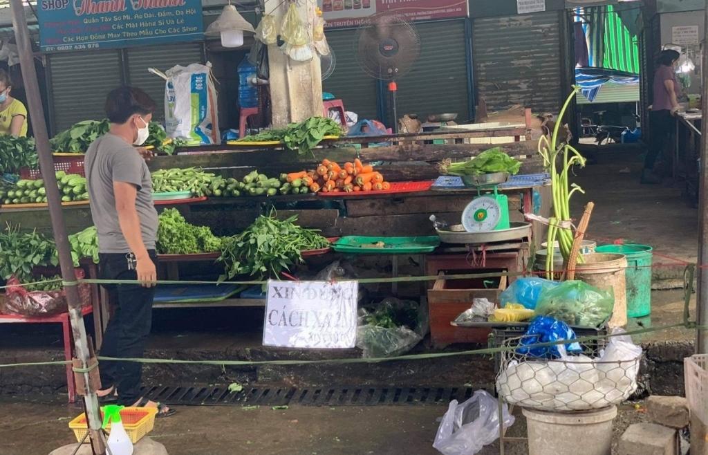 TPHCM yêu cầu các quận huyện trình phương án mở lại chợ truyền thống trước 23/7