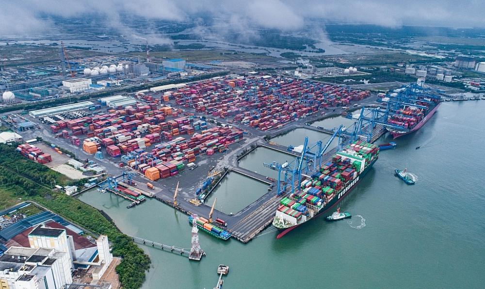 Tàu container cập cảng Quốc tế Tân Cảng - Cái Mép