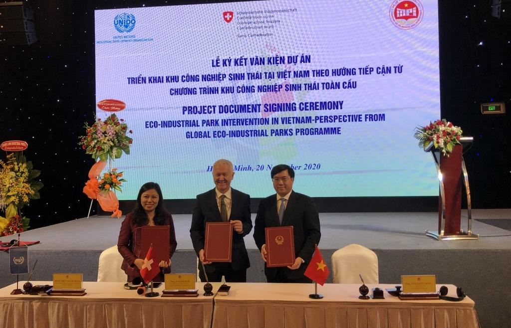 Thụy Sỹ hỗ trợ 1,68 triệu USD giúp Việt Nam phát triển khu công nghiệp sinh thái