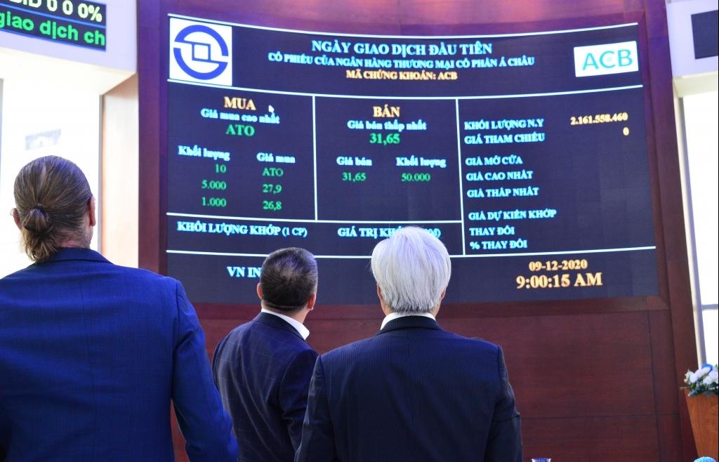24 triệu cổ phiếu ACB khớp lệnh thành công trong phiên chào sàn HoSE